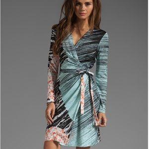 Authentic DVF Valencia Silk Wrap Dress Size 6